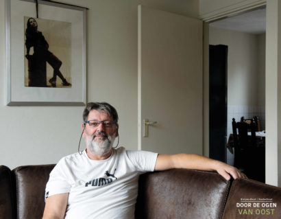 Portretten-DoordeogenvanOost-Liggend-90x70cm38-1.jpg